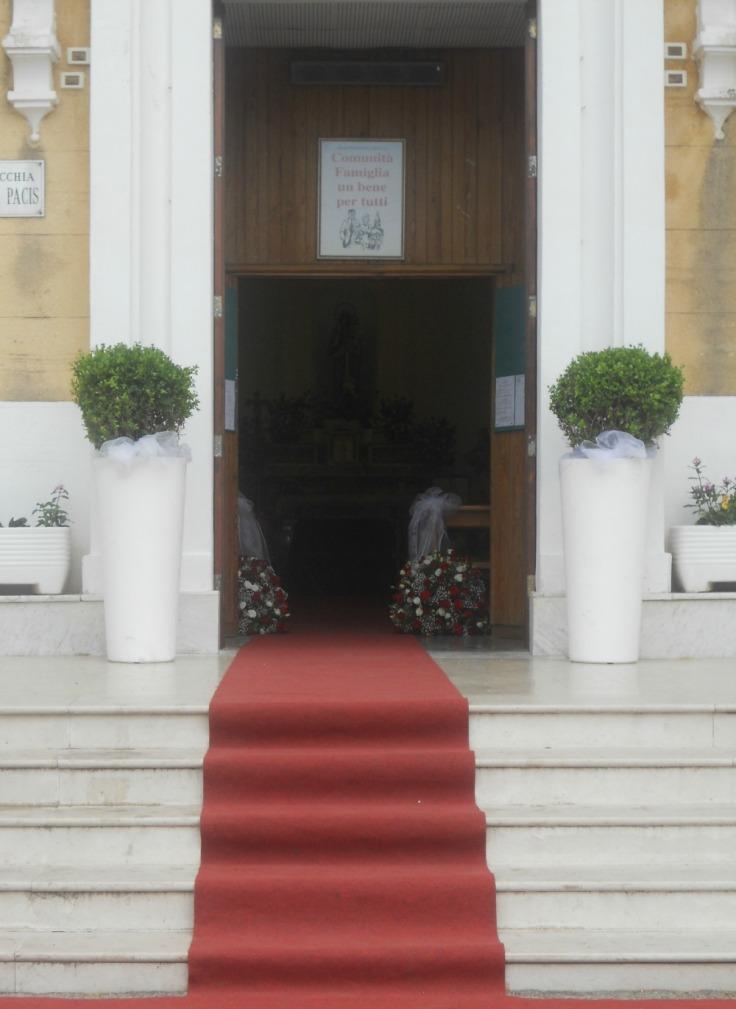 10. Esterno chiesa